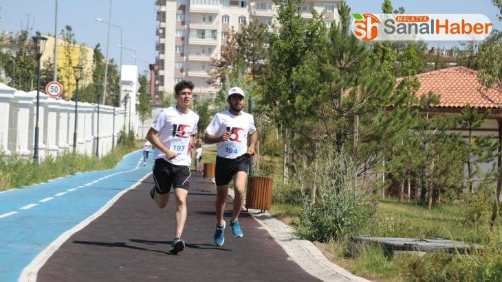 15 Temmuz Atletizm yarışmasında kıyasıya rekabet yaşandı