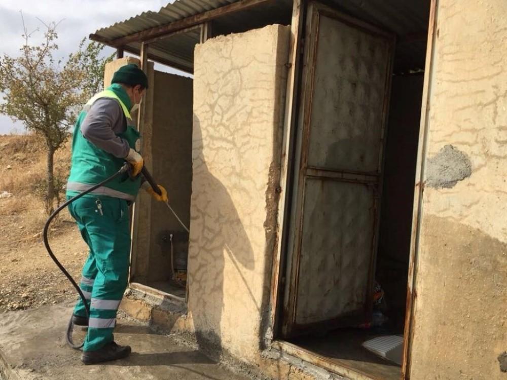 Adıyaman'da Mahmut-El Ensari türbesinde temizlik çalışması