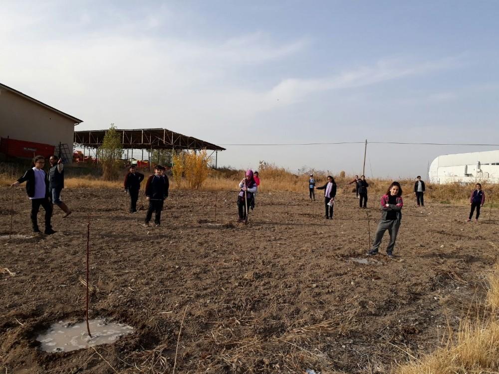 Malatya'da 'Tarlada izimiz olsun' projesi