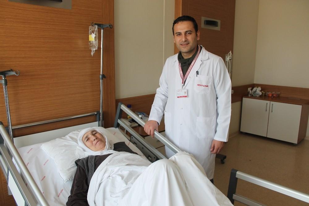 24 torunlu Elmast nine, laparoskopik cerrahi ile sağlığına kavuştu