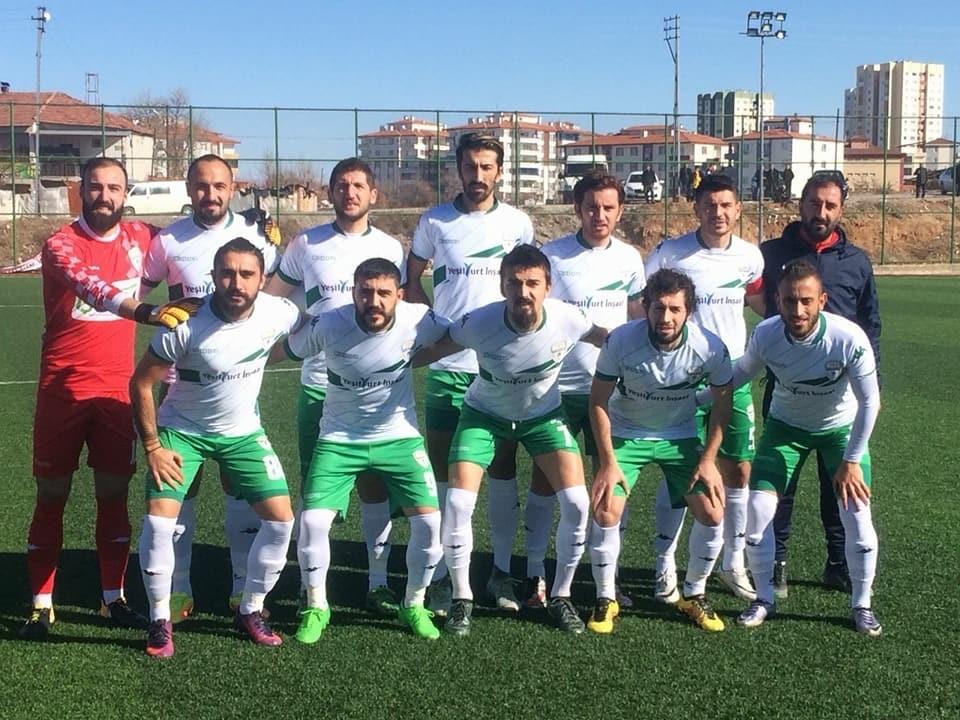 Yeşilyurt Belediyespor sahasında Dersimspor'a mağlup oldu