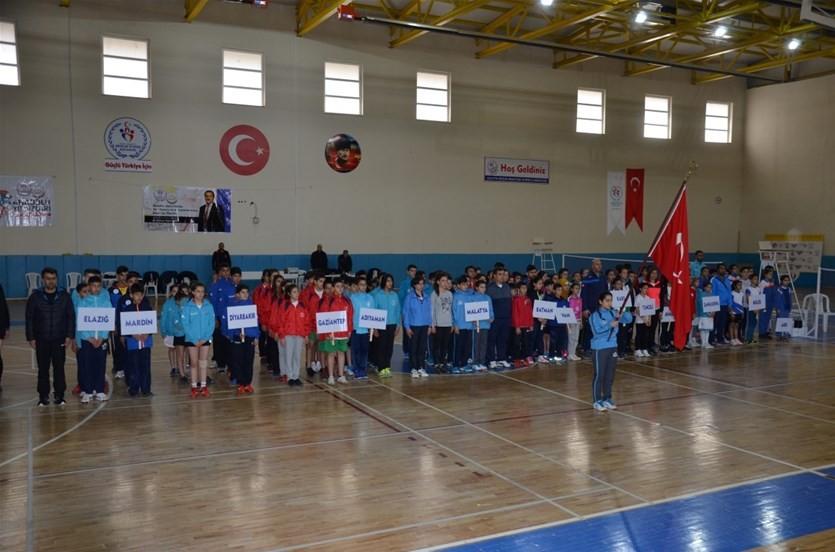 Badminton Anadolu Yıldızlar Ligi Çeyrek Final Müsabakaları başladı