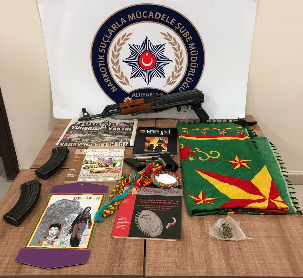 Uyuşturucu operasyonunda terör örgütünün dokümanları ele geçirildi