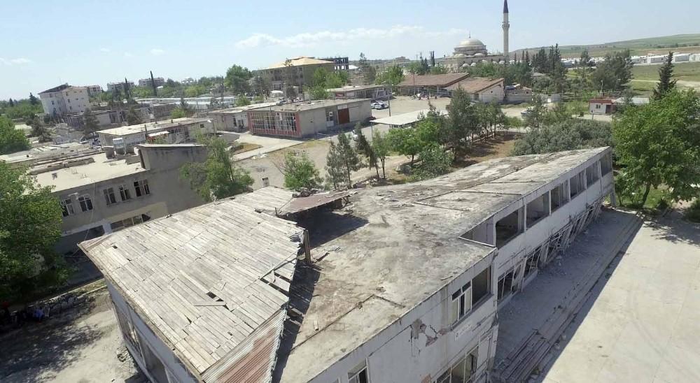 Depremin yaşandığı Samsat havadan görüntülendi