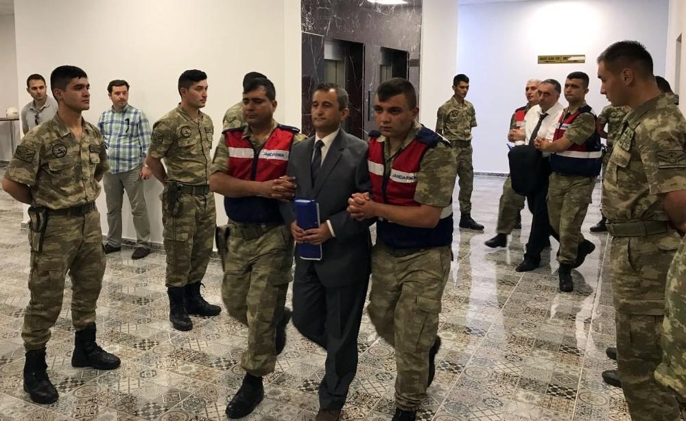 Sözde sıkıyönetim komutanına müebbet hapis