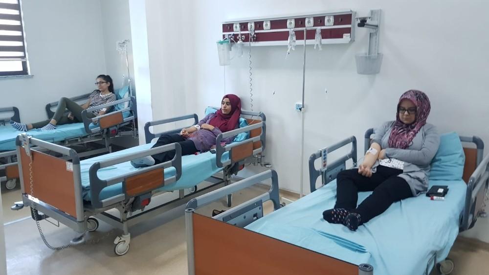Adıyaman'da pansiyonda kalan 21 öğrenci yemekten zehirlendi