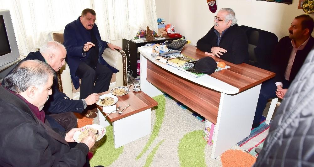 Başkan Gürkan, Lokma gününe katıldı