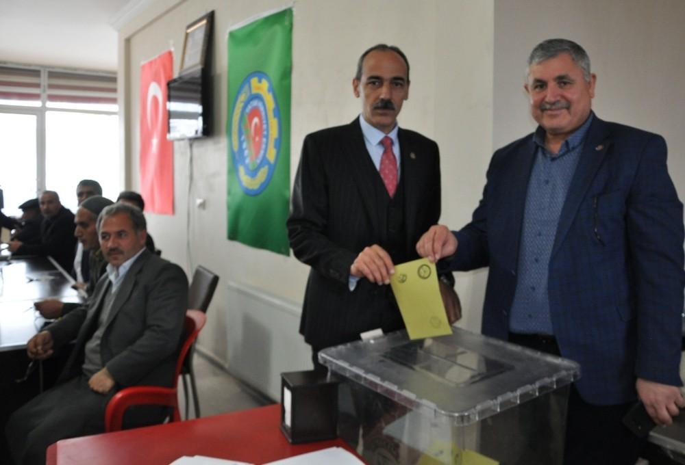 Altıntel, başkanlığa yeniden seçildi