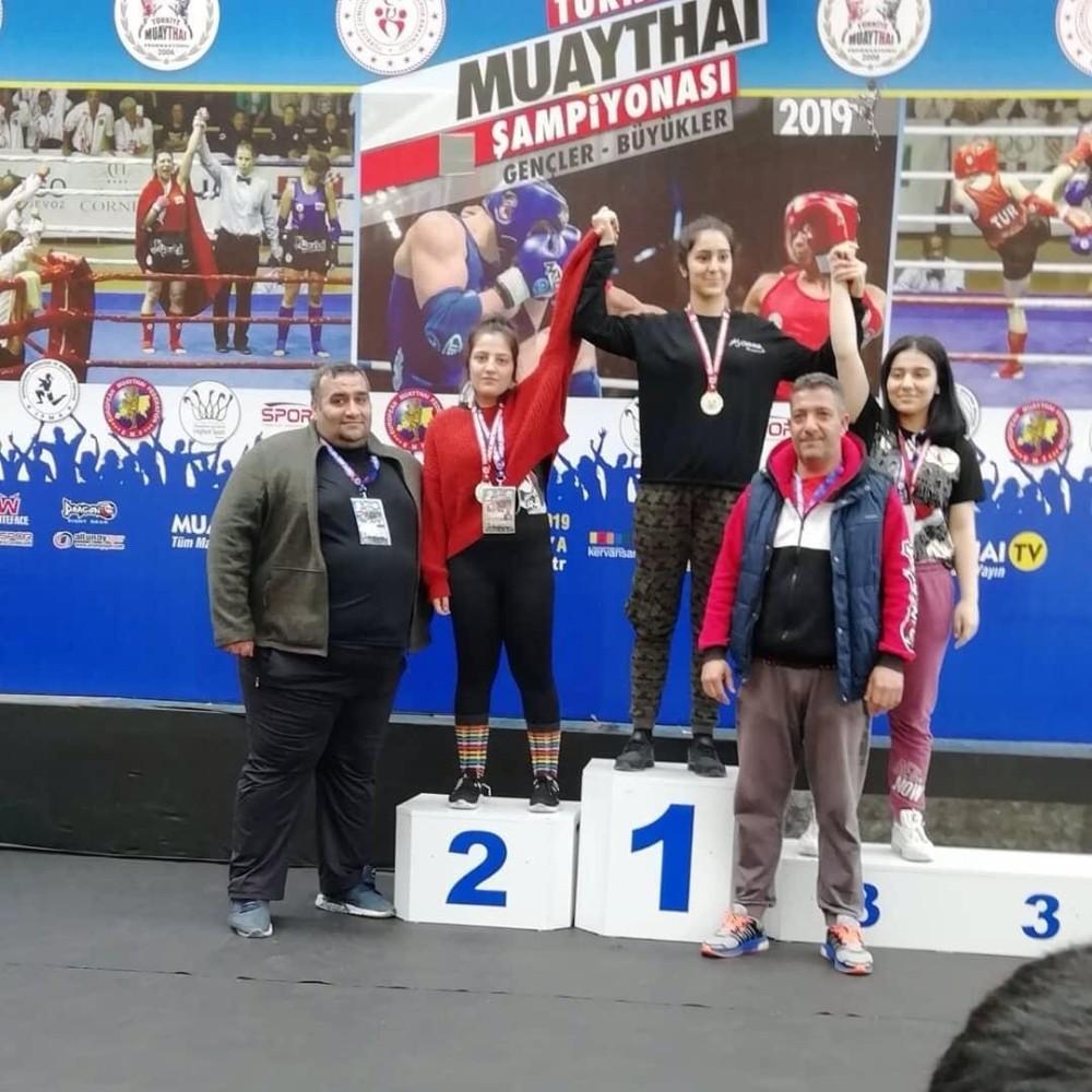 Adıyamanlı sporcular Muaythai Türkiye Şampiyonasından derece ile döndü