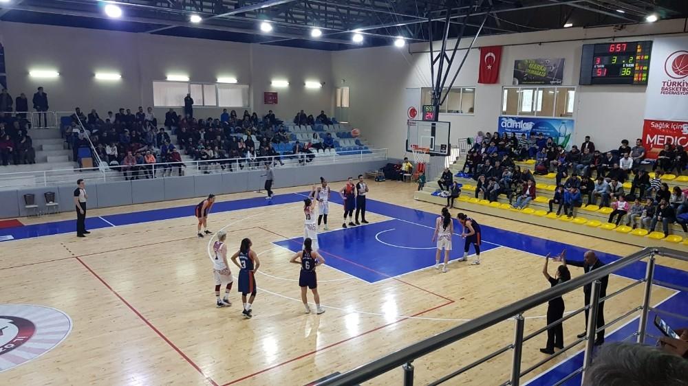 Türkiye Kadınlar Basketbol 1. Ligi: Elazığ İl Özel İdare: 88 - Akdeniz Üniversitesi: 69