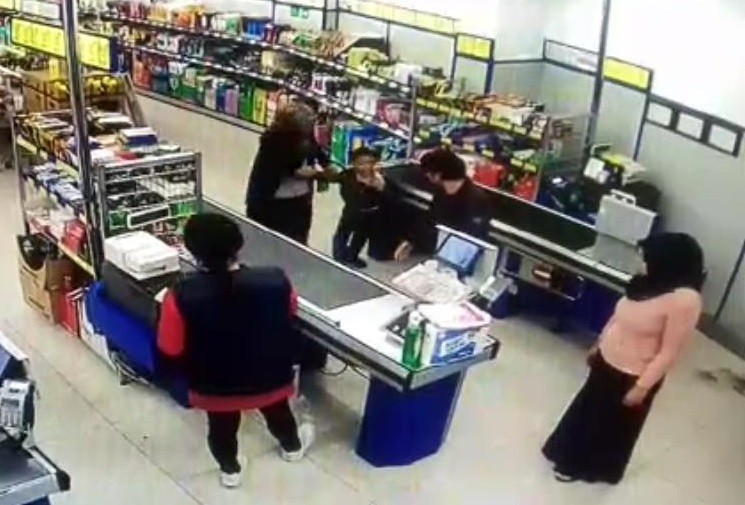 Çocuğun darp iddiasında, kadın özür diledi