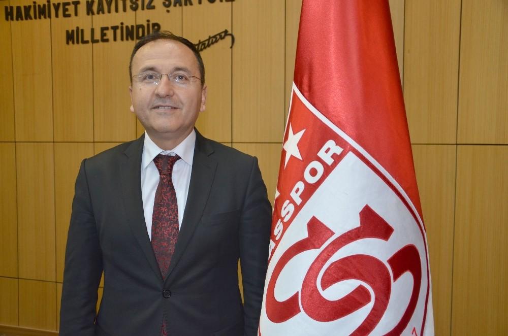 """Sivasspor 2. Başkanı Sarılar: """"12 futbolcu alacağız"""""""