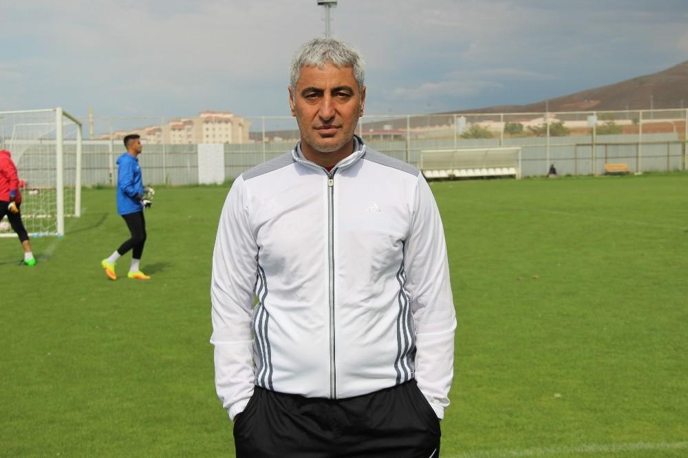 Elaziz Belediyespor, Alaattin Tutaş ile sözleşmesini uzattı