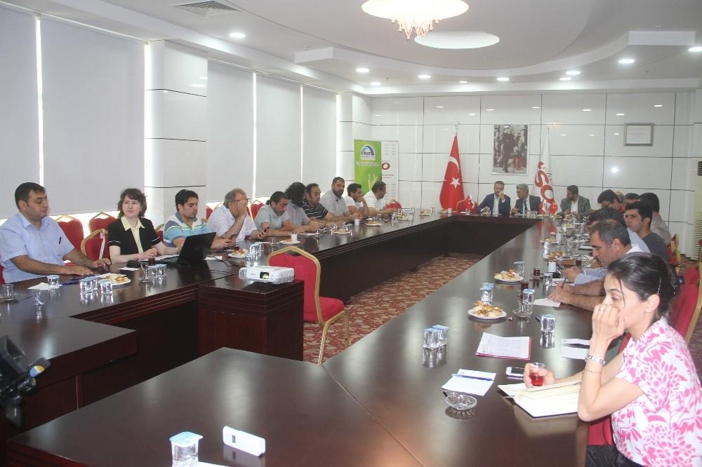 Elazığ'da yatırımcılara Körfez ülkeleri anlatıldı