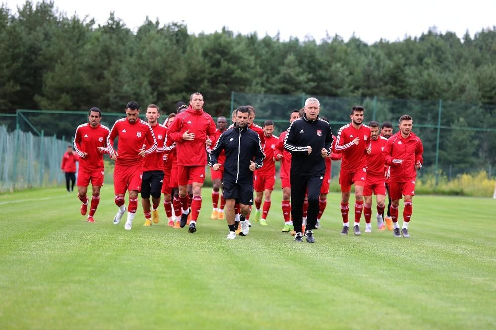 D. G. Sivasspor bir günlük iznin ardından çalışmalara kaldığı yerden devam etti