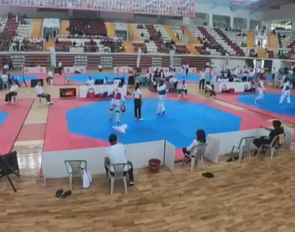 Tekvando maçında kazananı taş - kağıt - makas belirledi