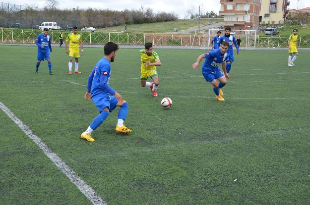 Yeşilyurtspor Futbol Takımı ligi iyi bir yerde tamamladı