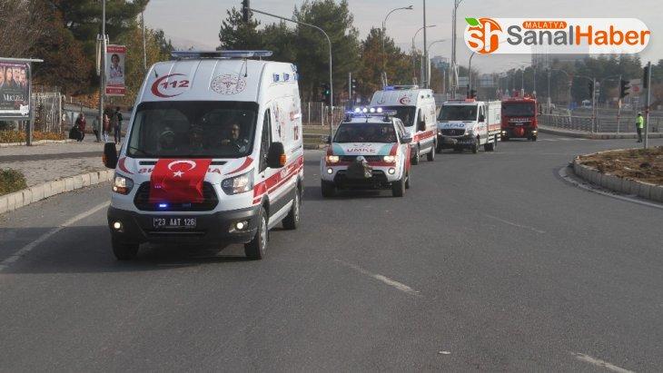 Acil Sağlık Hizmetlerinde yer alan araçlarla kortej geçişi