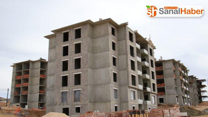 Bakan Kurum: 'Elazığ ve Malatya'da toplam 23 bin 734 konut inşa ediyoruz'