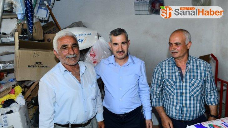 Başkan Çınar, Dilek Mahallesindeki çalışmaları inceledi