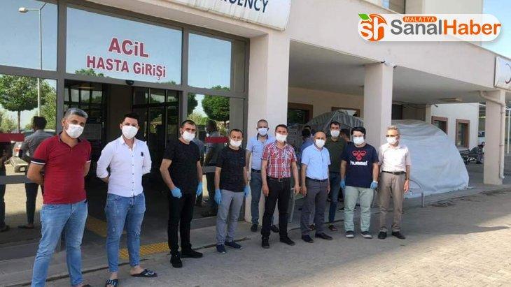 Besni'de berber ve kuaförleri korona virüs testi yapıldı