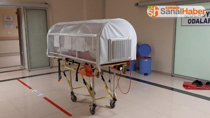 Binlerce dolarlık tıbbı cihaz ve malzeme hastanede üretildi