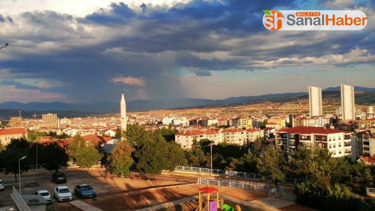 Elazığ'da bulutların muhteşem görsel şöleni