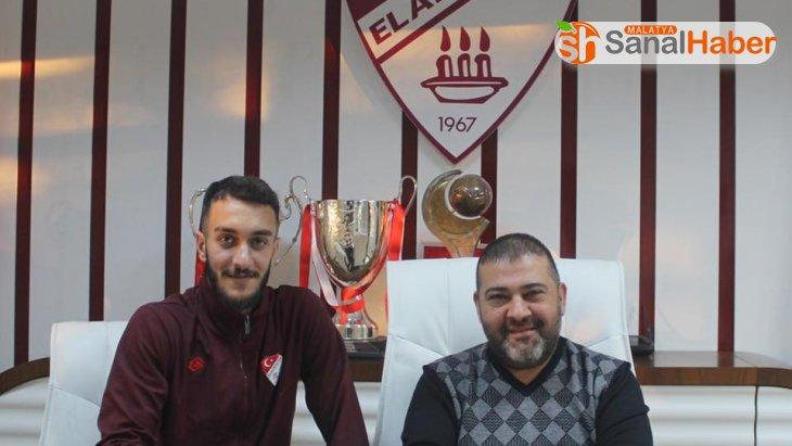 Elazığspor iki oyuncunun sözleşmesini uzattı