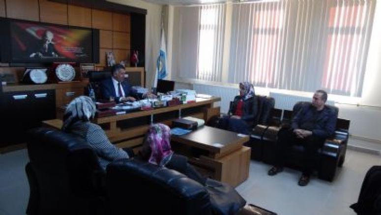 Ak Parti Milletvekili Aday Adayı Emine Akkurt Yazıhan'da