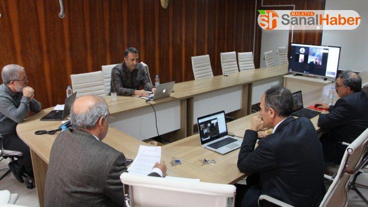 Fırat Üniversitesinde  telekonferanslı toplantı