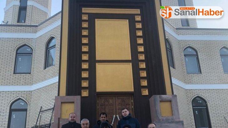 Gökdeniz Karadeniz'in Rusya'da yaptırdığı cami tamamlanıyor