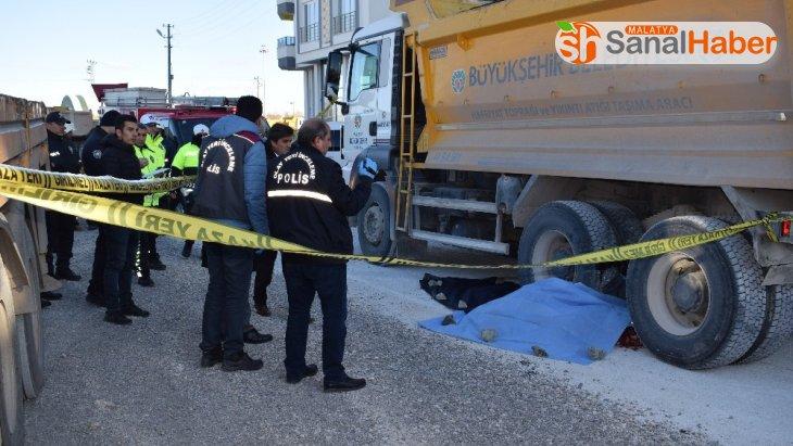 Malatya'da acı olay Hafriyat kamyonu belediye işçisini ezdi