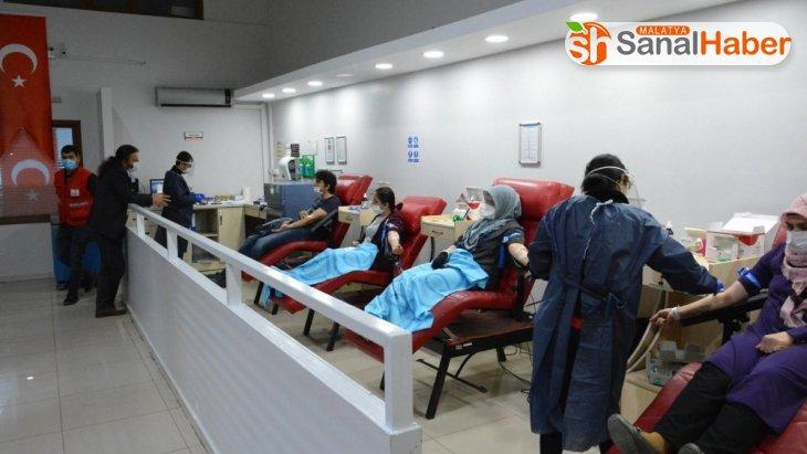 Kan bağışı kampanyasına İmam Hatip Okullarından destek