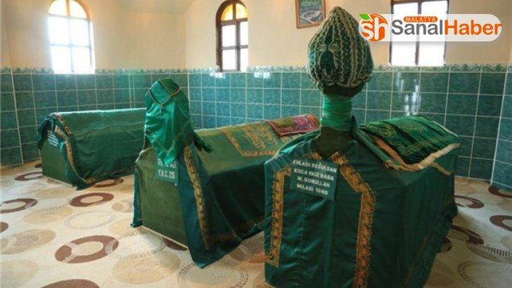 Koca Vaiz Baba Türbesinde restorasyon çalışması başladı