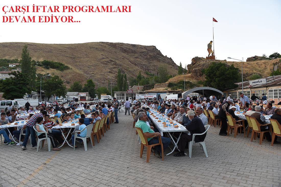 Büyükşehir Belediyesi Kuluncak Cumhuriyet Meydanında iftar yemeği verdi