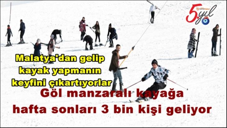 Malatya'dan gelip  kayak yapmanın  keyfini çıkartıyorlar
