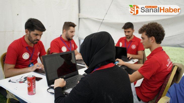 Malatyalı gençler 30 saatlik Hackathonda kod yazarak ter döktü!