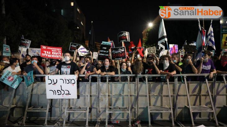 Netanyahu'nun konutunun önündeki protestolar devam ediyor