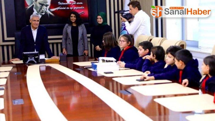 Öğrenciler sordu, Başkan Güder cevapladı