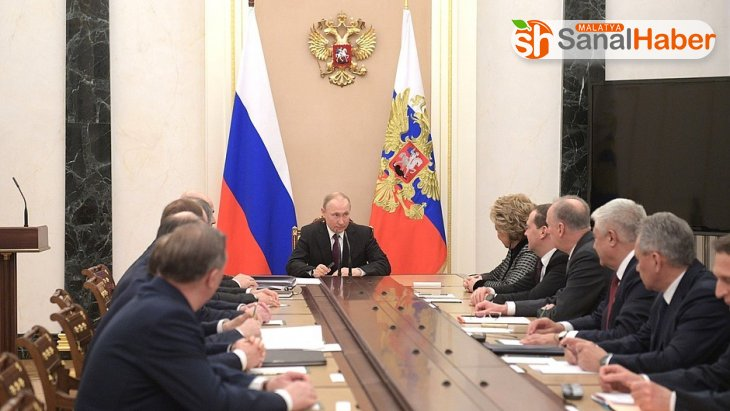 Putin, güvenlik konseyini acil topladı