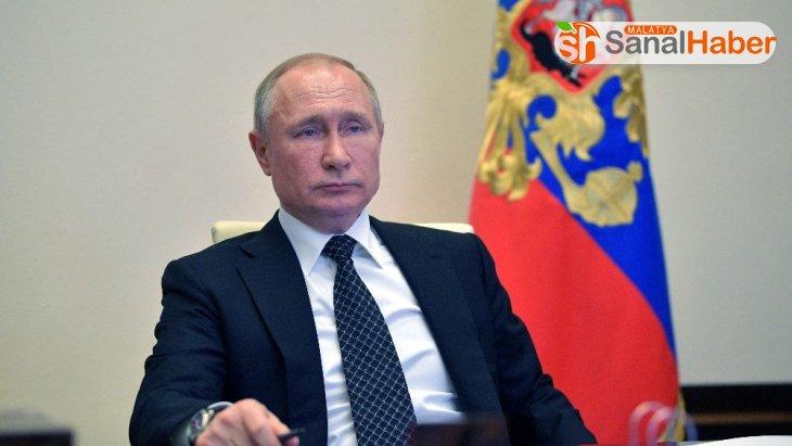 Rusya Devlet Başkanı Putin'den Covid-19 açıklaması: 'Henüz zirveyi görmedik'