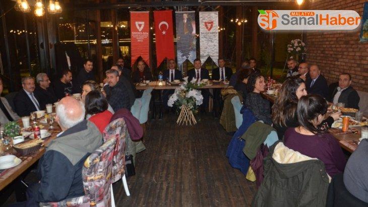 SAVDES-SEN Genel Başkanı Cengiz, taleplerinin karşılanmasını istedi