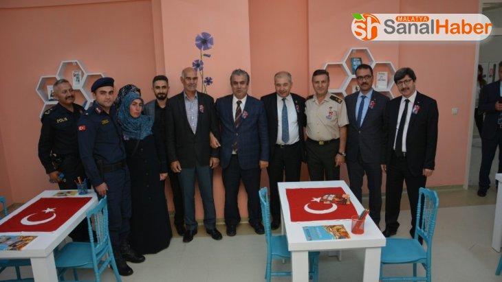 Malatyalı Şehit Teğmenin ismi Afyon'da kütüphanede yaşayacak