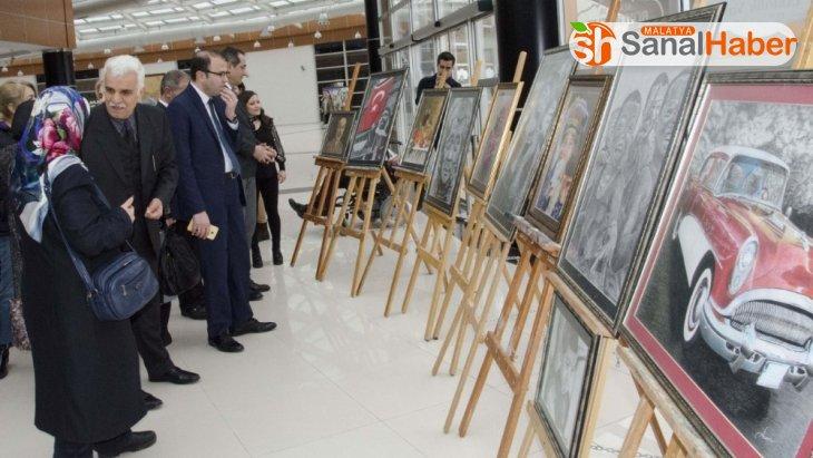 Silüet resim sergisi açıldı