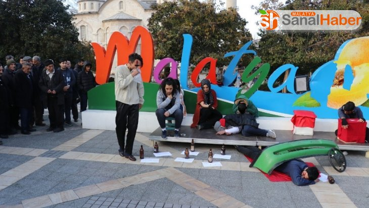 Malatya'da dakikalarca alkışlandı