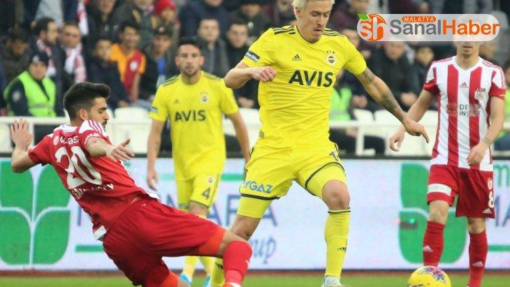 Süper Lig: DG Sivasspor: 1 - Fenerbahçe: 0 (İlk yarı)