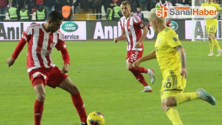 Süper Lig: D.G. Sivasspor: 3 - Fenerbahçe: 1 (Maç sonucu)