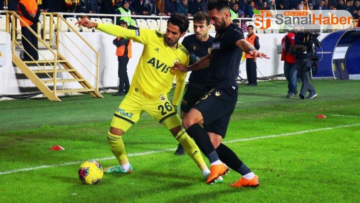 Süper Lig: Yeni Malatyaspor: 0 - Fenerbahçe: 0 (İlk yarı)