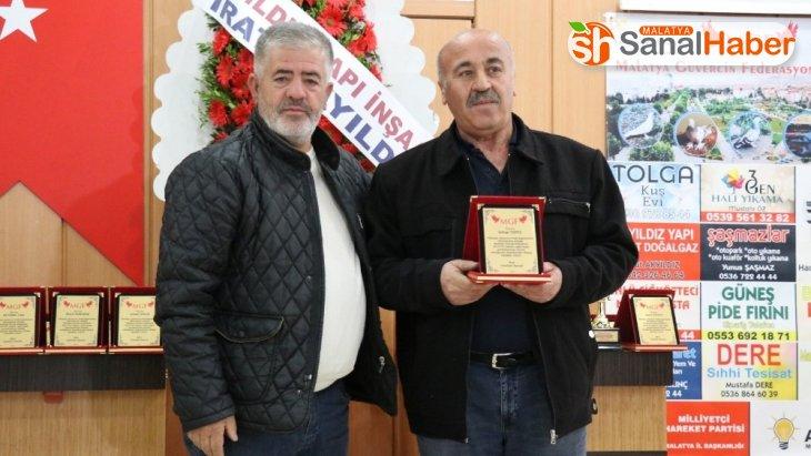 Taklacı oyun kuşu yarışmasını kazananlara ödülleri verildi