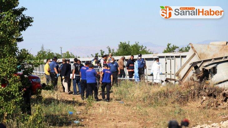 Malatya'da Tren kazasında kayıp makinistin arama çalışmaları sürüyor